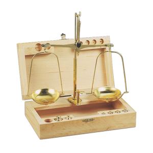 Bilancina Caccia Venturini con pesi e frazioni del grammo